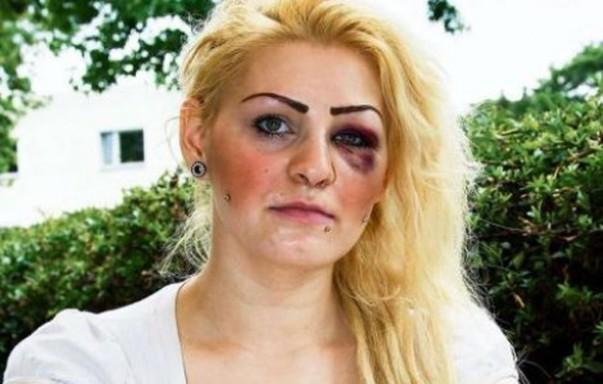 Ελληνο- Γερμανίδα έφαγε... μπουνιά επειδή πανηγύρισε το γκολ της Ελλάδας