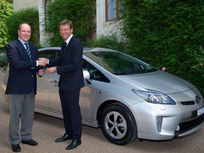 Στον πρίγκιπα Αλβέρτο το πρώτο Toyota Prius Plug-In Hybrid