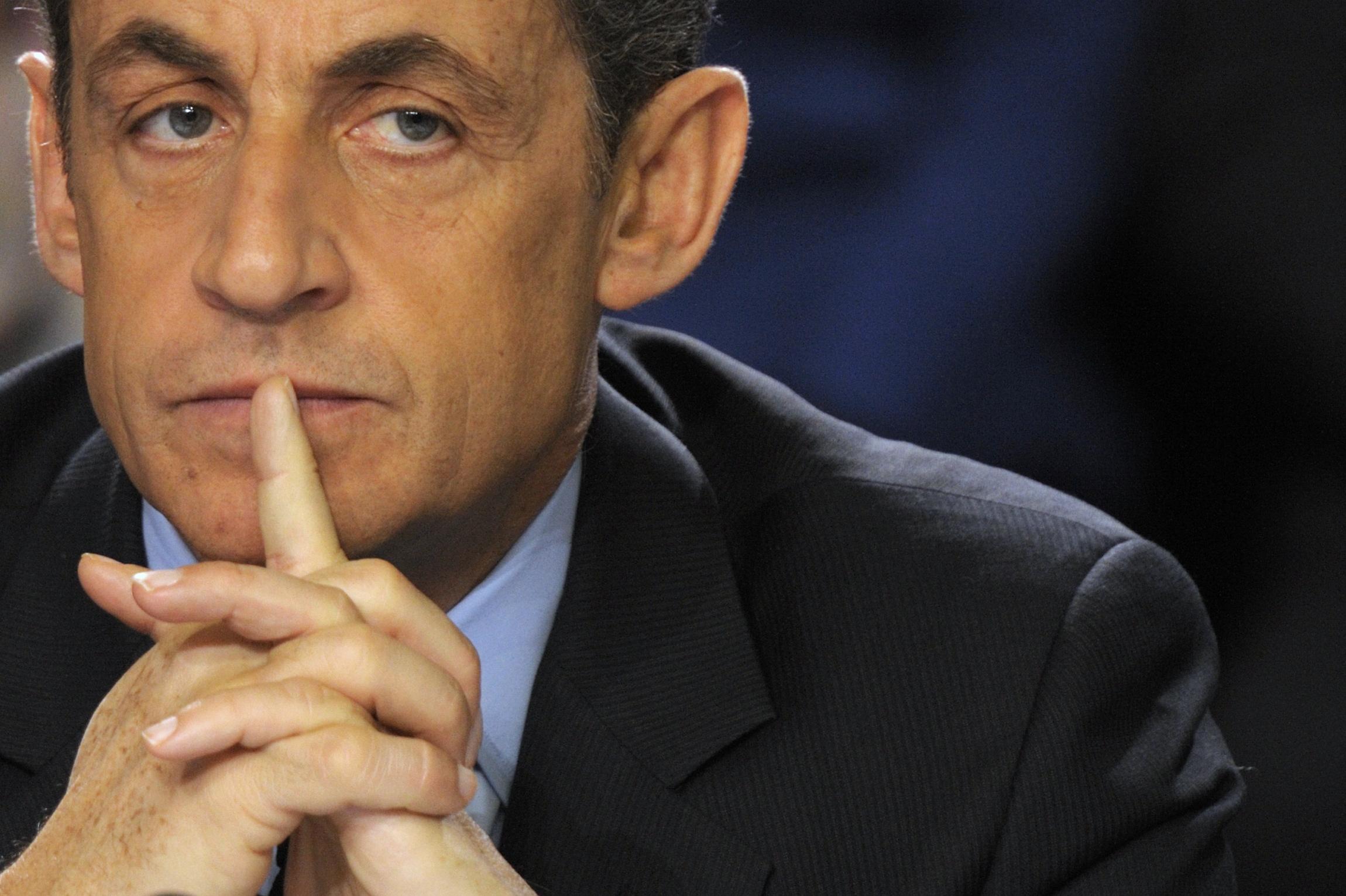 Ερευνα στο σπίτι και τα γραφεία του Σαρκοζί πραγματοποίησαν οι γαλλικές αρχές