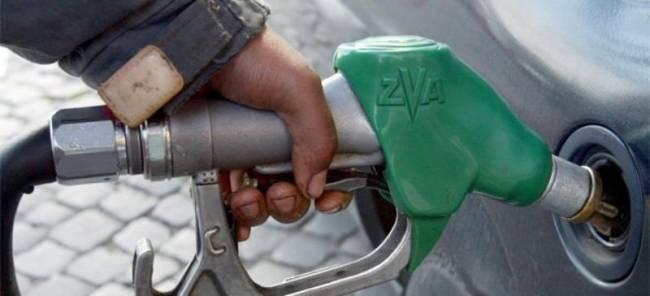 Αυτά είναι τα 4 κόλπα με τα οποία κλέβουν τα βενζινάδικα