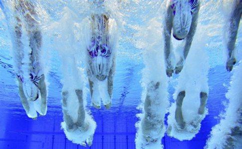 Παγκόσμιο ρεκόρ στην δεύτερη ημέρα της τεχνικής κολύμβησης