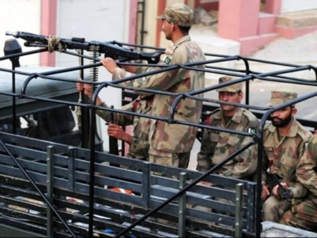 Πακιστάν: Φονική επίθεση σε στρατιωτική βάση
