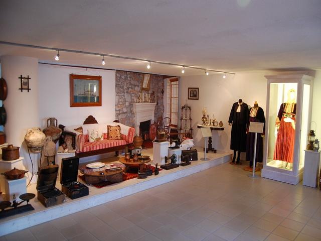 Λαογραφικό Μουσείο  στη Σκιάθο