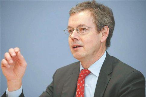 Μπόφινγκερ: «Έξοδος Ελλάδας ή Ισπανίας θα προκαλούσε αλυσιδωτή κρίση»