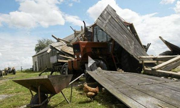 Ένας νεκρός από τους ισχυρούς ανεμοστρόβιλους που έπληξαν την Πολωνία