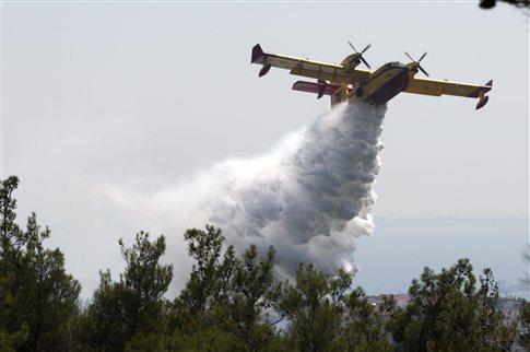 Πυρκαγιά σε εξέλιξη στον Άγιο Κωνσταντίνο στην Κεφαλονιά