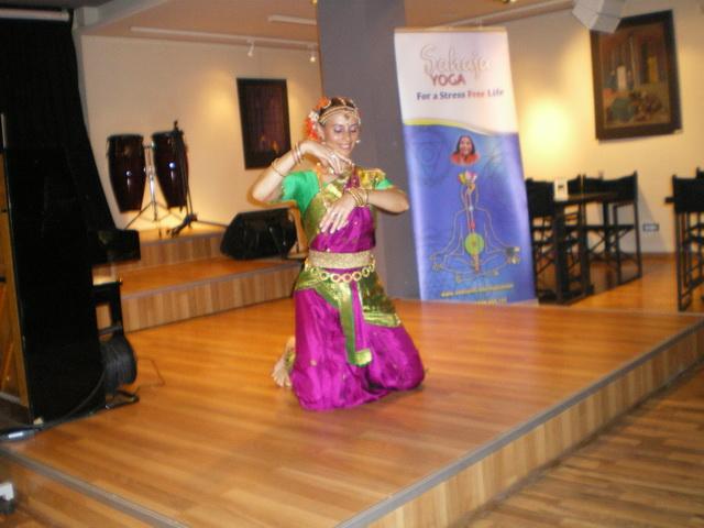 Διδασκαλίας  ινδικού χορού και διαλογισμού