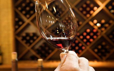 Ευεργετικό το κρασί για την οστεοπόρωση