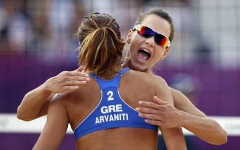 Νίκησαν τις Ρωσίδες και ελπίζουν για τις «16» οι Αρβανίτη/ Τσιαρτσιάνη