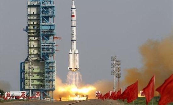 Η Κίνα πάει στο φεγγάρι