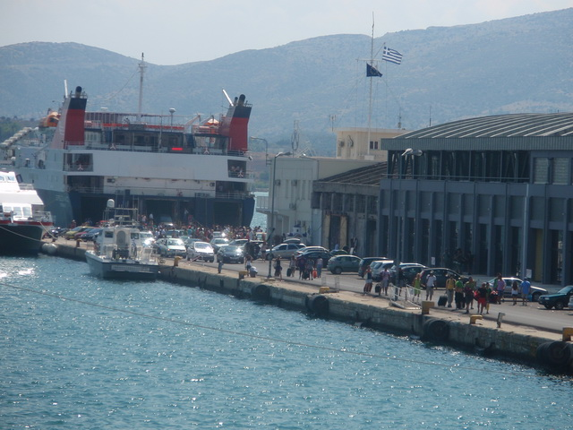 Ναι στο στρατηγικό επενδυτή στο λιμάνι