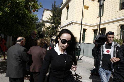 Τη μεταφορά της Βίκυς Σταμάτη σε νοσοκομείο ζητεί ο δικηγόρος της