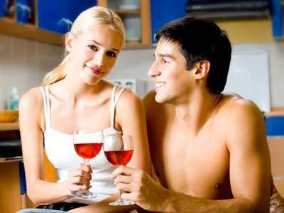 Γιατί το κρασί μας κάνει να αισθανόμαστε σέξι;