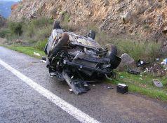 Λάρισα: Τροχαίο ατύχημα με σοβαρό τραυματισμό τριών ατόμων