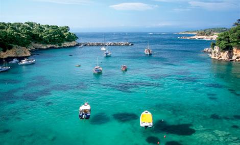Αλόννησος: Μικροσκοπική και υπέροχη