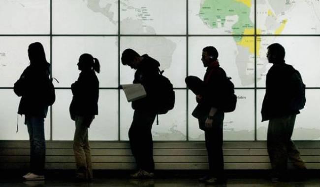 Welt: «Οι μετανάστες στην Ελλάδα είναι αιχμάλωτοι….»