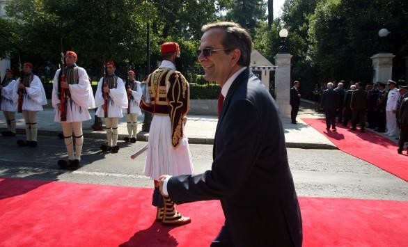 «Σφραγίζει» ο πρωθυπουργός το πακέτο των 11,5 δισ. ευρώ – Επίσκεψη Μοσκοβισί στην Αθήνα τον Σεπτέμβριο