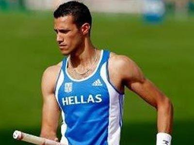 Επί κοντώ: Πανελλήνιο ρεκόρ από τον Φιλιππίδη με άλμα στα 5.76μ.