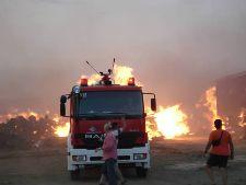 Τρίκαλα:Συνεχίζεται η μάχη με τις φλόγες στα ορεινά της Καλαμπάκας