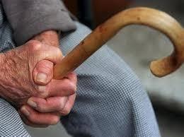 Λήστεψαν 85χρονο κρεοπώλη