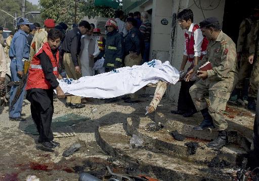 Τουλάχιστον 14 νεκροί σε βομβιστική επίθεση στο Πακιστάν