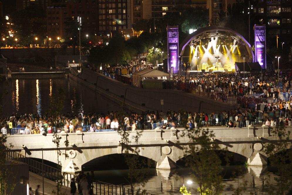 Αιματηρές συγκρούσεις σε μουσικό φεστιβάλ στην Μαδρίτη