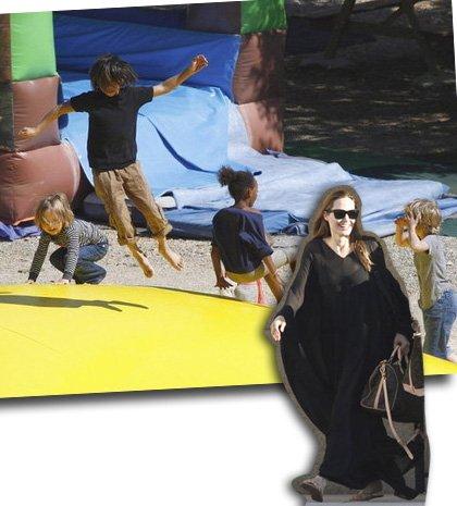 Αngelina Jolie: Στο πάρκο για παιχνίδια με τα πιτσιρίκια της