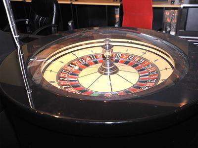 Λάρισα: Δέκα συλλήψεις σε «μίνι καζίνο»