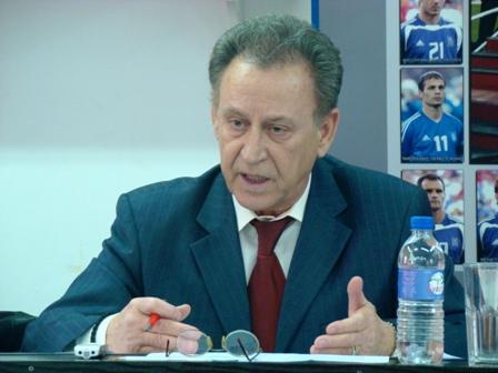 Ο Τ.  Μπατζιάκας   υποψήφιος για το νέο Δ.Σ. της ΕΠΟ