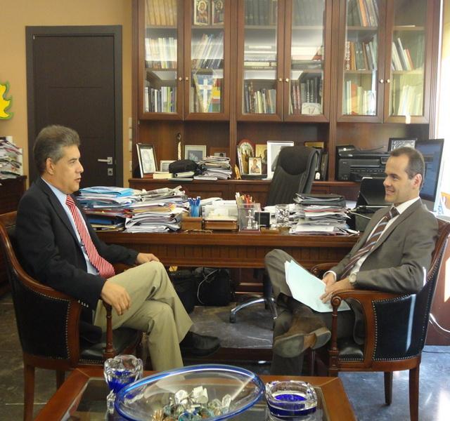 Με τον  Πρόξενο της Γαλλίας     συναντήθηκε ο Κ. Αγοραστός