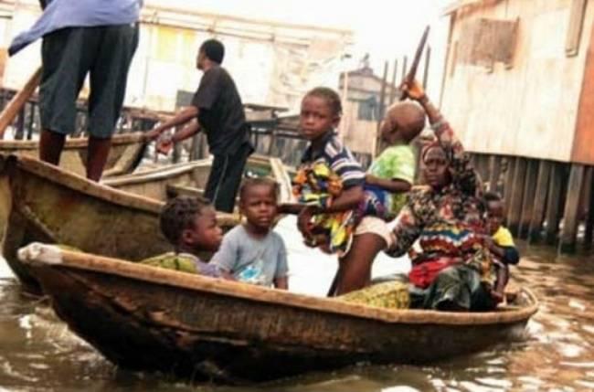 Θρήνησαν 91 θύματα από τις πλημμύρες