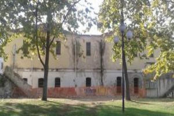 Τρίκαλα: Έπεσε το «τείχος των δακρύων»