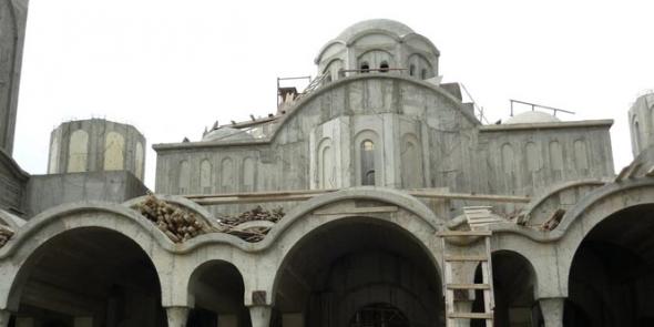 Αυθαίρετα κτίσματα οι εκκλησίες
