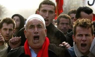 Eξηγήσεις ζητάνε οι Αλβανοί για τους Τσάμηδες!