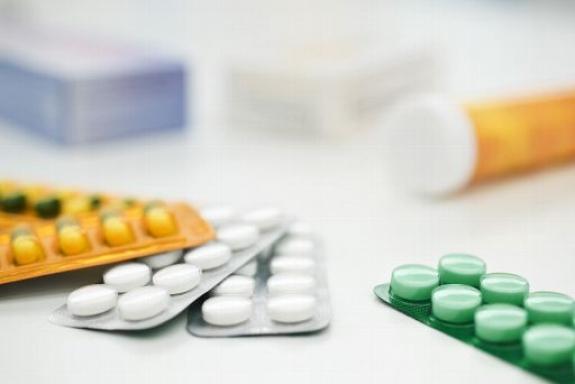 Μείωση στις τιμές των φαρμάκων προανήγγειλε ο Μάριος Σαλμάς
