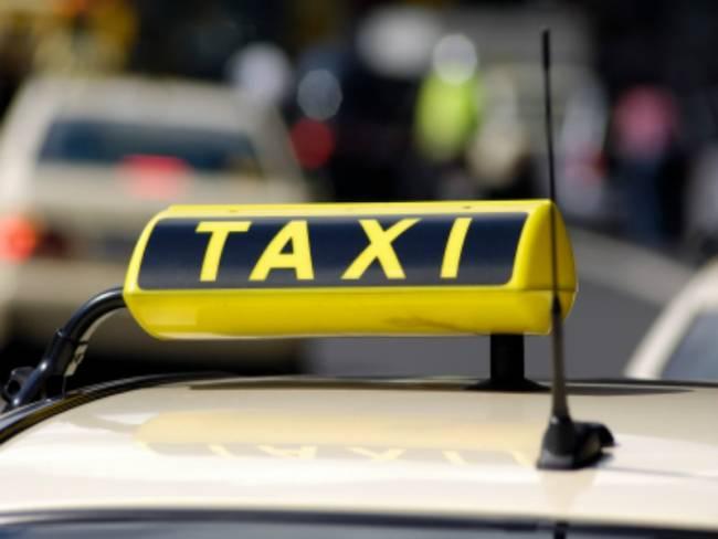 Τα 10 πιο περίεργα πράγματα που έχουν ξεχαστεί σε ταξί!