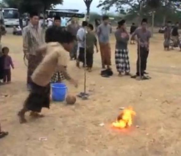 Όταν η μπάλα... καίει