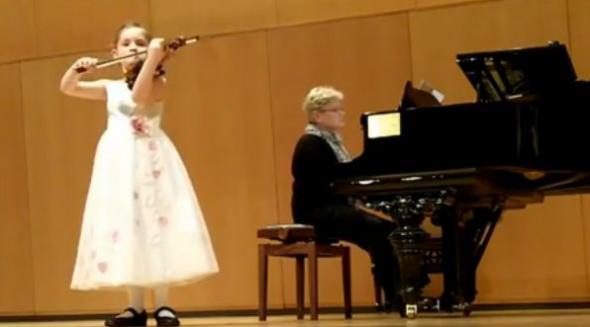Είναι 7 ετών και γράφει όπερα!