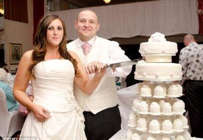 Έμαθε ότι έχει καρκίνο την ημέρα του γάμου της