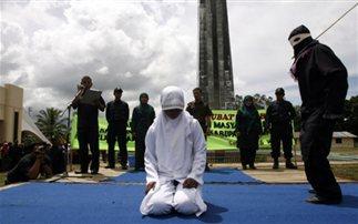 Ισλαμιστές μαστίγωσαν 60 φορές μία 15χρονη