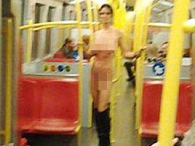 Βιέννη: Γυμνό μοντέλο κάνει βόλτες στα βαγόνια του μετρό