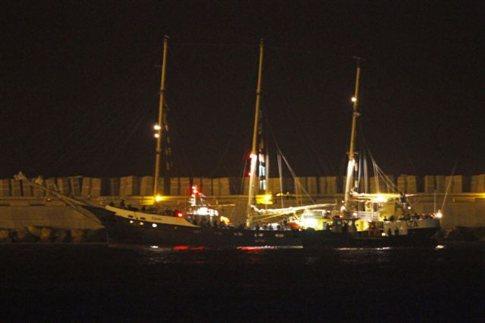 Επιστρέφουν στην Αθήνα οι πέντε Έλληνες του πλοίου Estelle