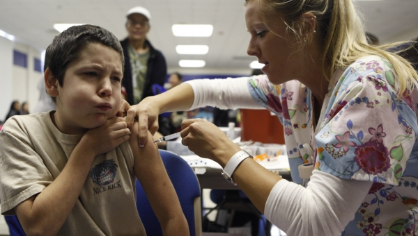 Πότε πρέπει να εμβολιάσουμε τα παιδιά μας για τη Γρίπη;