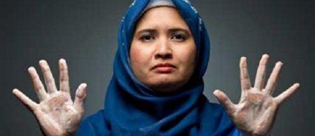 Γυναίκα στη Μαλαισία έπλενε τα χέρια της πάνω από 300 φορές τη μέρα