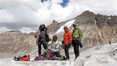 Ελληνικός ορειβατικός άθλος στα Ιμαλάια!