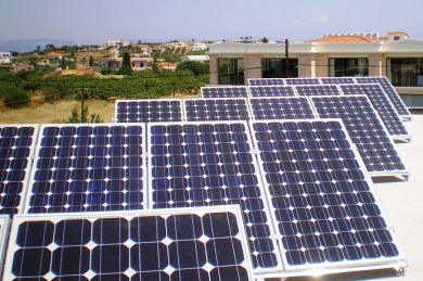 Εγκατάσταση φωτοβολταϊκών σε σχολεία της Λάρισας