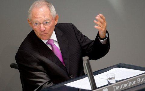 Σόιμπλε: Η Ευρωζώνη δεν θα υποκύψει στην πίεση του χρόνου για την ελληνική βοήθεια