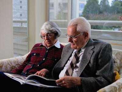 Ανακαλύφθηκε γονίδιο που τετραπλασιάζει τον κίνδυνο για Αλτσχάιμερ