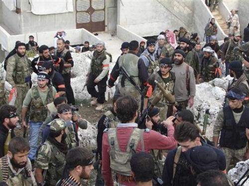 Συρία: Οι αντάρτες «κατέλαβαν αεροδρόμιο» κοντά στα σύνορα με το Ιράκ