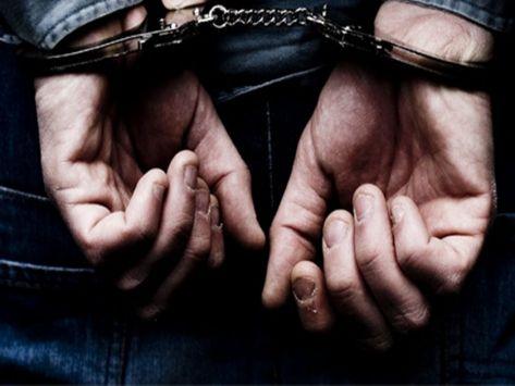 Για χρέη στο Δημόσιο συνελήφθη έμπορος ξηρών καρπών στη Λάρισα